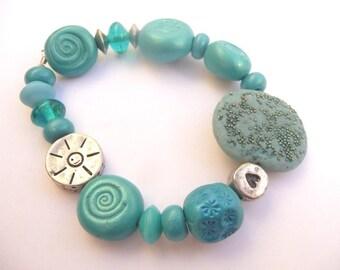 Blue Flower Bracelet, Glass Blue Bracelet, Light Blue Bracelet, Blue Valentine Bracelet, Turquoise Bracelet, Blue Beads Bracelet