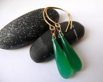 Green Earrings For Her, Dainty Green Earrings, Minimal Green Earrings, Boho Earrings Green, Green Earrings Long, Green Onyx Earrings