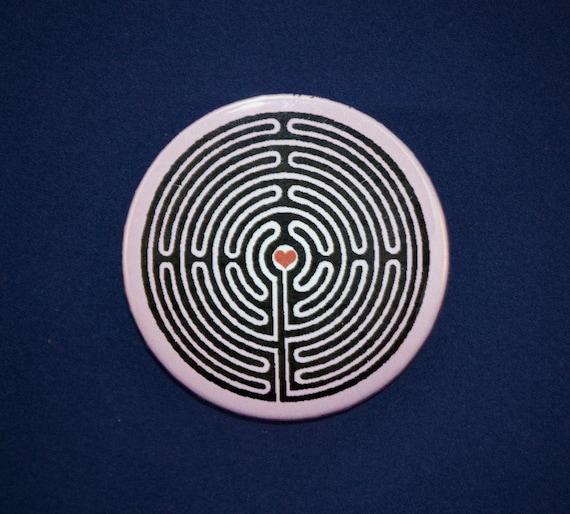 Labyrinth Heart Button
