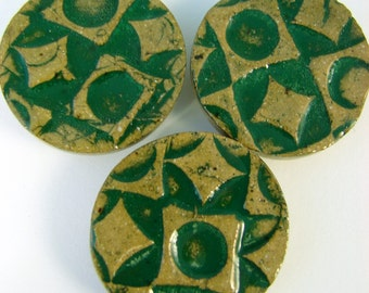 3 Textured Green Ceramic Buttons / Handmade Stoneware Clay Pottery Buttons / Ready to Ship