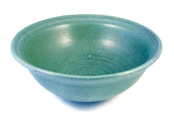 Robins Egg Blue Serving Bowl / Handmade Stoneware Wheel Thrown Pottery