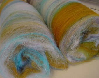 Art batt SALE 4 oz. merino blend hand dyed WINTER BEACH