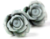 Flower Earrings - Black and Gray Sparkle Roses E133