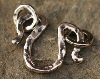 Charm Holder or U Shape Clasp in Sterling Silver with 2 Closure Rings, AD204