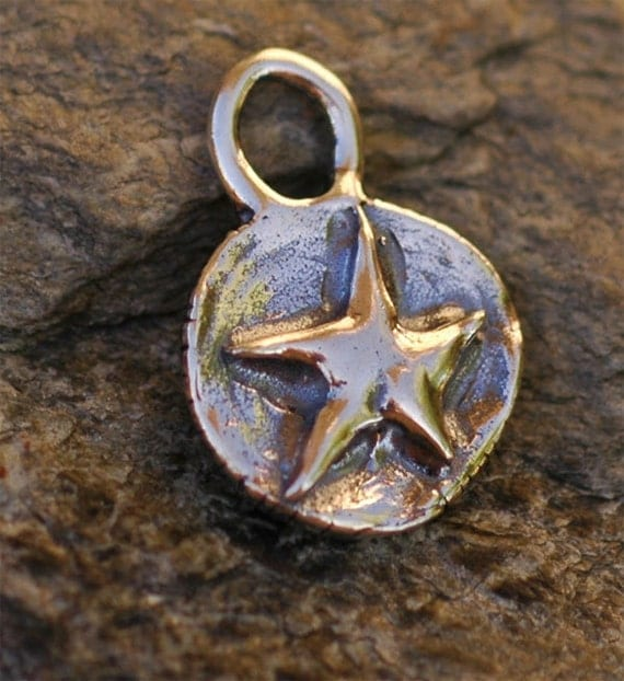 Round Star Charm in Sterling Silver -174