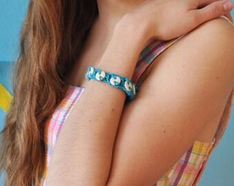 Sky blue hemp and porcelain button bracelet