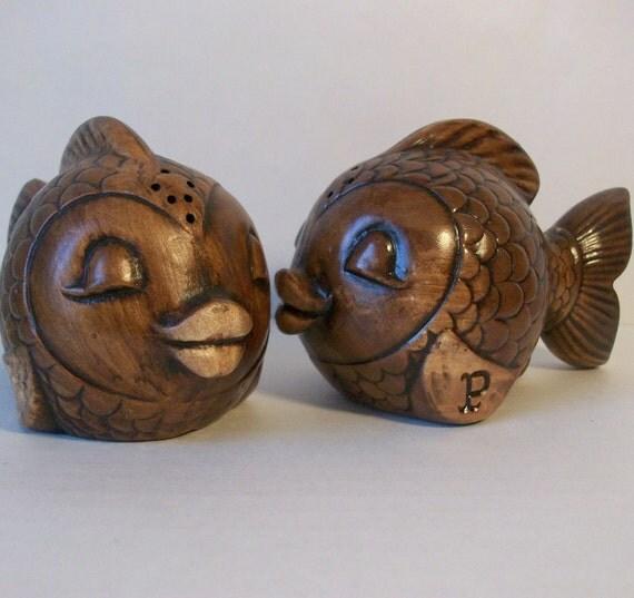 Vintage Treasure Craft Fish Salt & Pepper Shakers