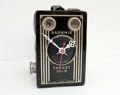 Recycled Kodak Brownie Camera Clock, photographers christmas gift, photo gift, film lovers gift, film clock, photo clock, camera gift,