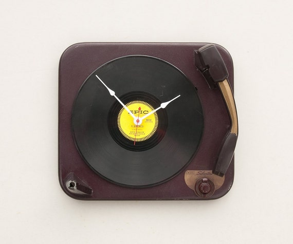 Clock created from a recycled Silvertone record player