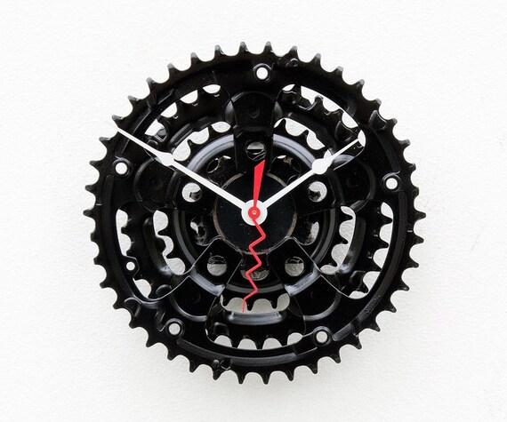 recycled Bike crank clock