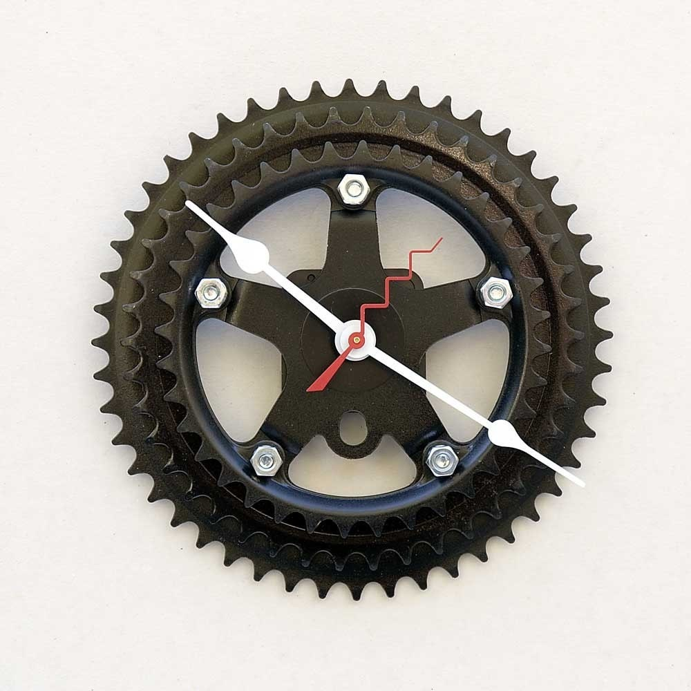 Clock made from a recycled Bike gear Crank