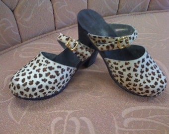 FINAL SALE clog SIZE 5-Cream and brown baby leopard cow hide  on a Black High Heel