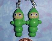 Glo worm (Glow-worm) Earrings miniature - polymer clay CUSTOMIZABLE