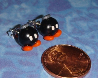 STUD EARRINGS Nintendo Bob-omb OR Bombette