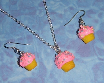 Cupcake Necklace and Earring SET - CHOOSE your flavor of cake and icing