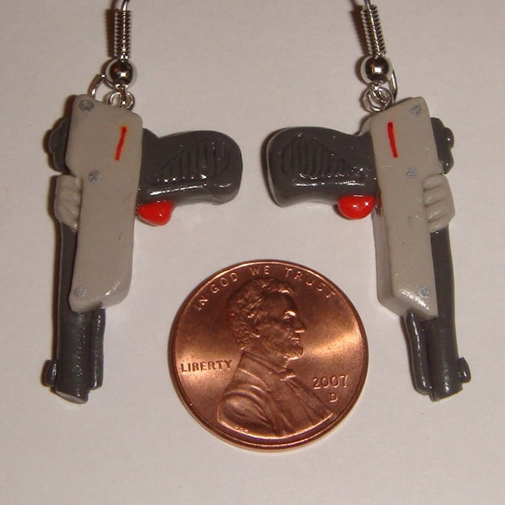 NES Nintendo Light Gun Zapper earrings Duck Hunt video game miniature toy polymer clay CUSTOMIZABLE clip on or regular - can also be a charm or pendant for a bracelet necklace or cell phone
