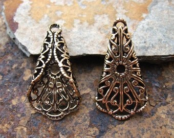 1 Trinity Brass Antique Gold Folded Filigree Tri-Angle