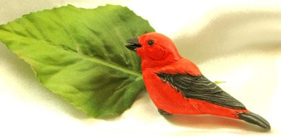 Woodcarving Brooch of a Scarlet Tanager 3