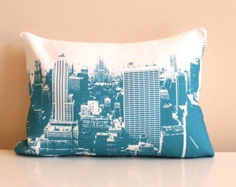 New York City - Urban Throw Pillow - Style no2 - Pillow - NYC Skyline - Decorative Pillow