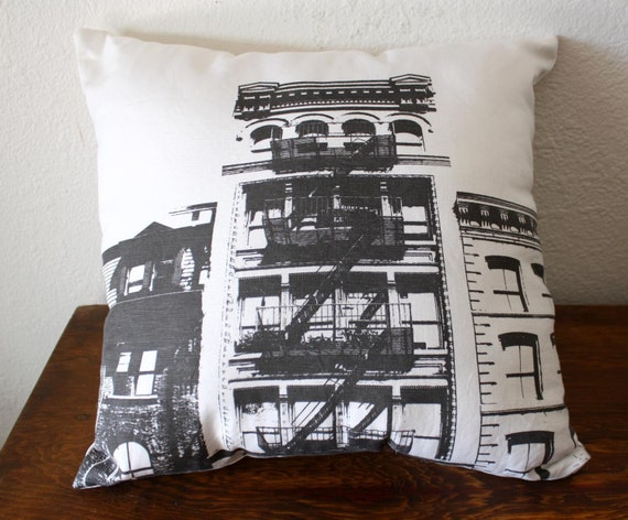 the Dark City Urban Throw Pillow - Style no3 - NYC