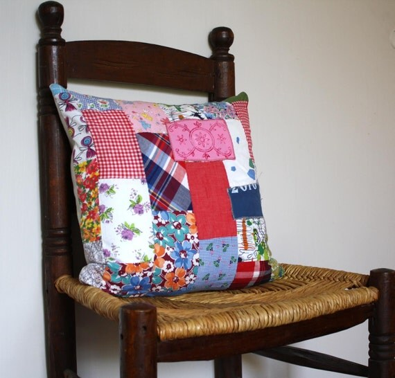 Vintage Quilt Pillow - 16 x 16 Removable Pillow Cover with Insert