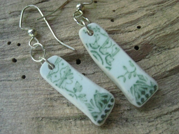 china earrings vintage transferware  Pretty little olive green and white floral