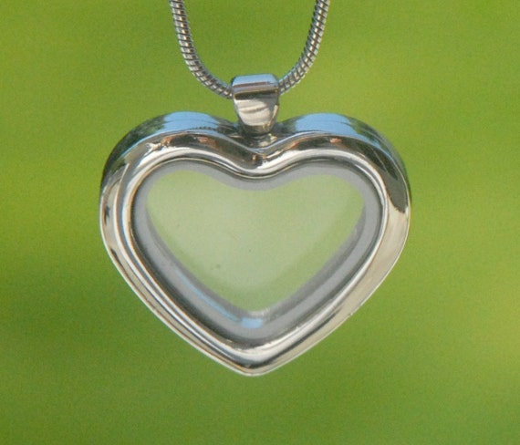 Large Clear Glass Heart Locket Pendant Necklace