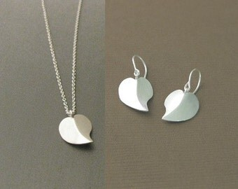 Sterling Silver Hanmade, Heart Earrings & Necklace / Valentine's Day