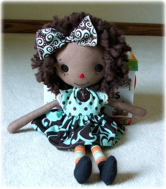 Sweet primitive dark skinned cloth doll, Raggedy Ann style