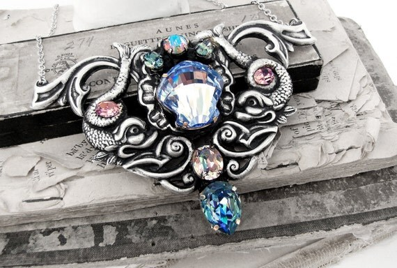 Amphitrite's Legacy - Creature Collection - A Neo-Victorian Creature Collection Necklace