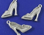 20 high heel shoe charms d-8