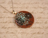 Hailey - Wood Pendant with Funky Flower