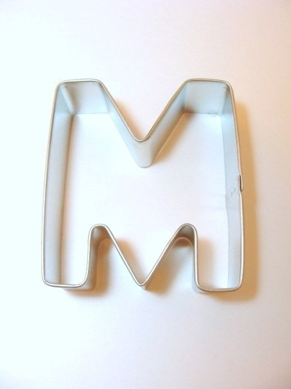 capital letter e cookie cutter from cookiecutterguy on capital letter m 3 inch cookie cutter new lower price 390