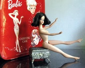 Reserved for Rannamw -- 1960s Fashion Queen Barbie Vintage Case