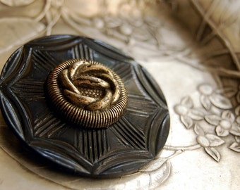 Vintage Button Brooch Sailor's Knot Black Silver Eco Friendly Jewelry Art Deco Celluloid Wafer Recycled Pin Boho Fashion