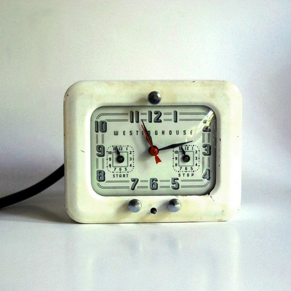 Vintage Westinghouse Electric Clock and Roaster by CalloohCallay