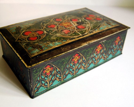 Vintage Tin Box, Candy Tin by Canco with Lion Shield / Etsy Black Friday, Etsy Cyber Monday