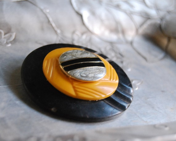 Vintage Button Brooch Bumble Bee Bakelite Black Yellow Button Jewelry