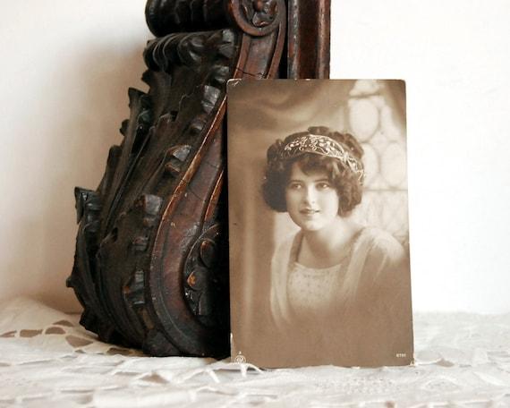 Vintage Postcard WWI Postcard of Girl, 1918 NPG 2701 Sepiatone Portrait Art Nouveau