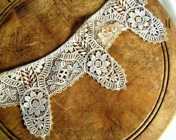 Vintage Chemical Lace Collar Schiffi Lace Antique Trim Sewing Supplies