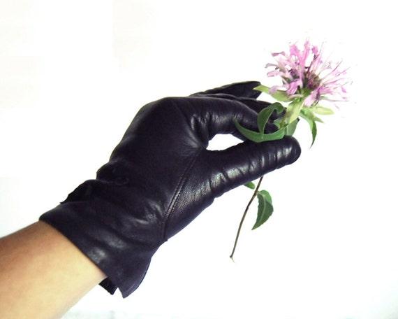 Vintage Gloves Italian Black Leather Short Size 8, Large, Stix, Baer & Fuller Lined Gloves