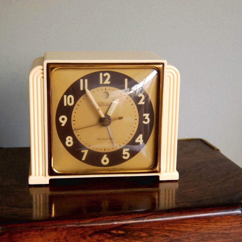 Vintage alarm clock art deco telechron telalarm 7h91 1940s Art deco alarm clocks