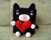 black kitten in love --- tissue box cover (A FINISHED PRODUCT)