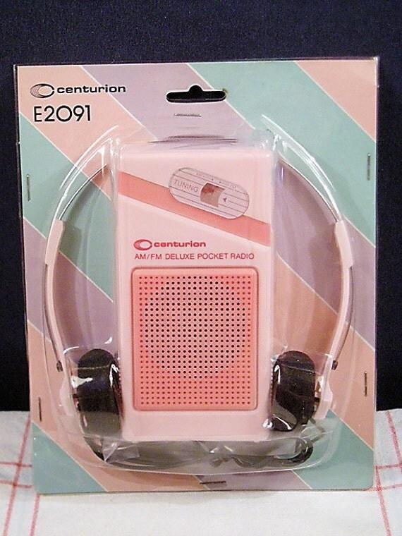 Vintage Pink AM FM Pocket Radio With Headphones