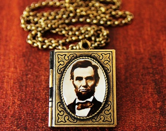 President Abraham Lincoln - Art Book Locket - The President's Collection