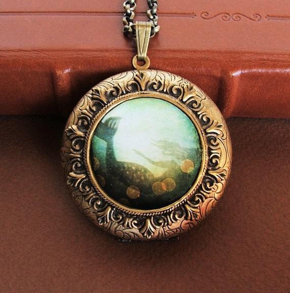 I've Heard the Mermaids Singing-Grande Photo Art Locket Necklace