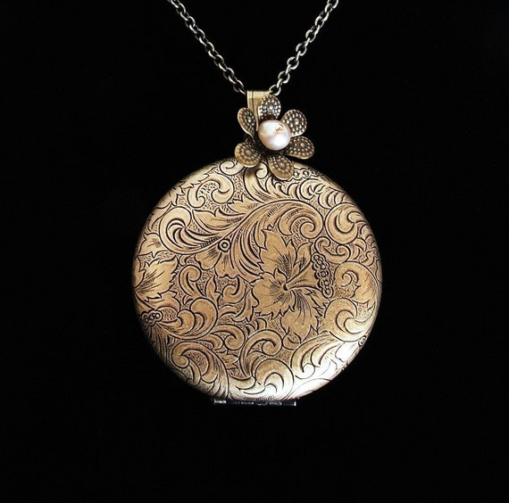 Smitten - Brass Tapestry Locket - Empty for you to insert your pictures