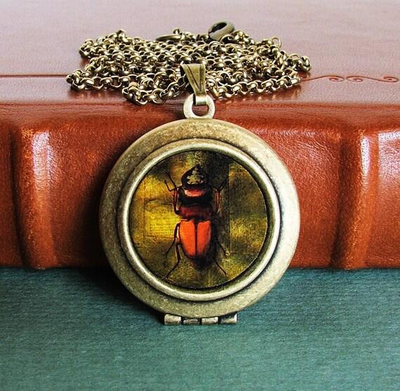 CLEARANCE SALE - Photo Locket - Creepy Crawly - Spooky Bug Photo Art Locket Necklace