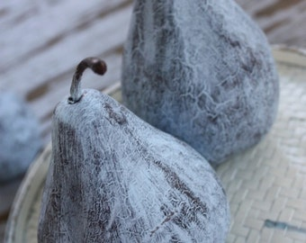Shabby Cottage Chic Plastic Pear