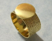 Gold Adjustable Ring Blank with 10mm Floral Band and 13mm Glue Pad Base for a Flat Back Cab